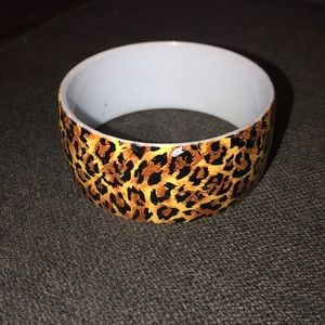 Plastic leopard bracelet